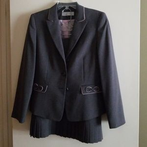 Tahari suit.. very stylish